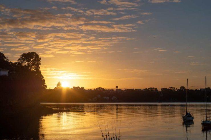 Shinri Sato Sunrise from Hinemoa Park